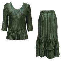 Sets Satin Mini Pleat - Three Quarter V-Neck - Solid Olive