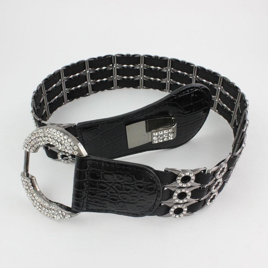 L6070 - Black