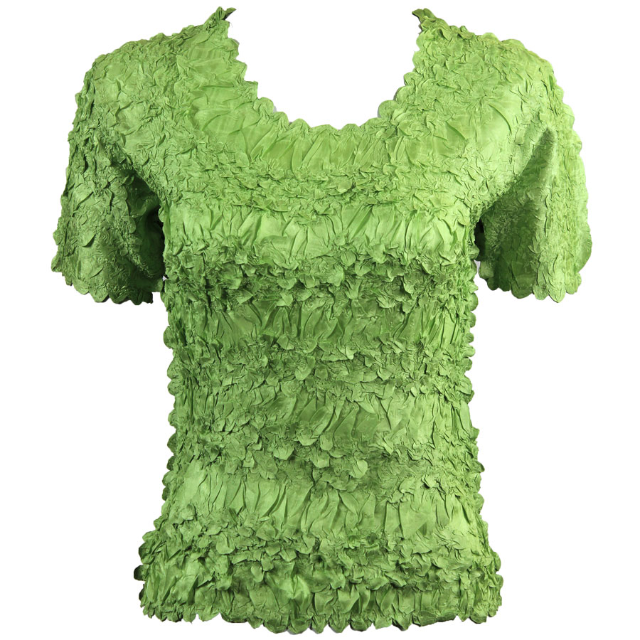 Wholesale Origami - Short Sleeve Solid Light Green - Queen Size Fits (XL-3X)